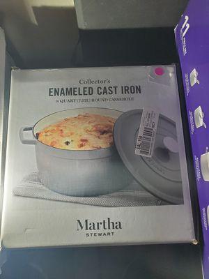 New martha stewart 8 quarts cast iron for Sale in Riverside, CA
