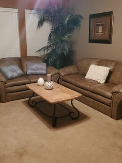 Leather couches for Sale in Katy,  TX