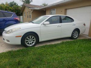 Lexus es 300 for Sale in Miami, FL