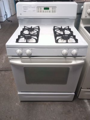 GE WHITE GAS STOVE WORKING PERFECT for Sale in Baltimore, MD