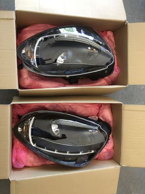 06-08 VW Volkswagen Jetta rabbit GTI Spyder projector headlights black NEW. PRO – YD – VG06 - HID – DRL – BK for Sale in Burleson, TX