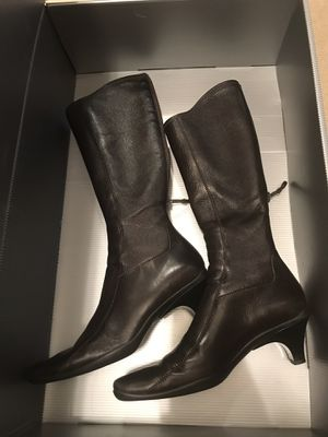 Prada boots size 36 women's made in italy Original for Sale in Arlington, TX