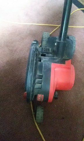 Bland & Decker Grass Edger for Sale in Columbus, OH