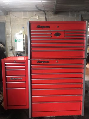 SNAP ON TOOL BOX 27 DRAWERS 3 PIECES for Sale in Detroit, MI