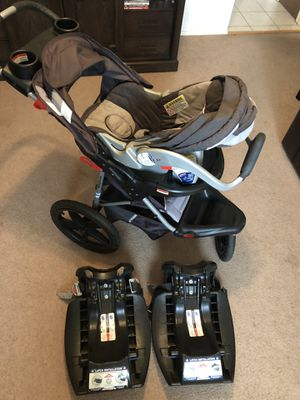 Baby trend. Stroller, car seat & 2 bases for Sale in Rio Rancho, NM