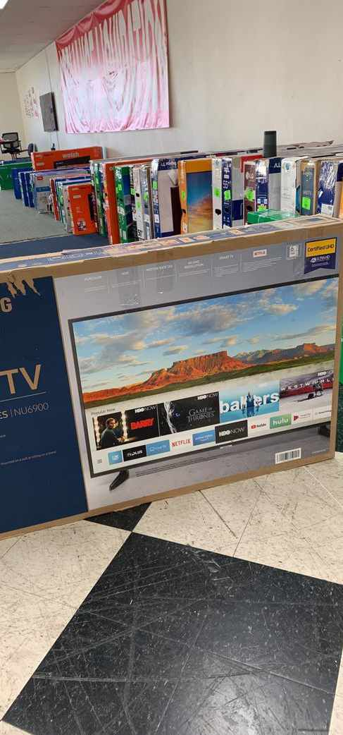 Samsung TV television is brand new with one year warranty!! Open Box! 50 inch 64XMH