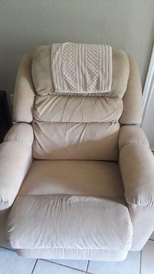 Recliner sofa for Sale in Austin, TX