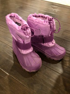 Size 11-12 Girls snow boots used ONCE! for Sale in Chino, CA