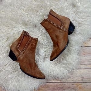 Michael Kors | Whiplash Westen Suede Chelsea Boots- SZ 6.5 for Sale in Las Vegas, NV