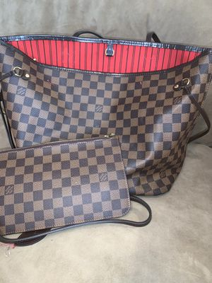 Louis Vuitton bag with purse for Sale in Bordentown, NJ