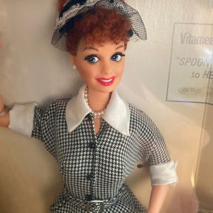 VINTAGE 1997 MATTEL I LOVE LUCY DOLL EPISODE 30 LUCY DOES A TV COMMERCIAL NRFB for Sale in Chula Vista, CA