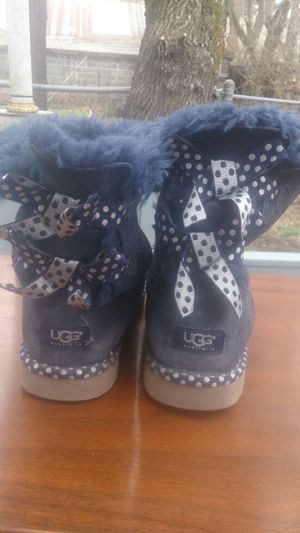 Womens size 8 Uggs for Sale in West Valley City, UT