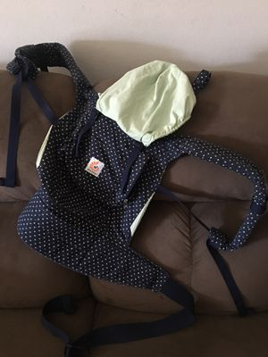 Ergo original baby carrier for Sale in Walterville, OR
