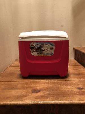 """Brand new Igloo ice cooler 17""""x13 for Sale in Bronx, NY"""