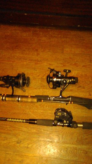 3 vintage Fishing Rods and reels for Sale in Parma, OH