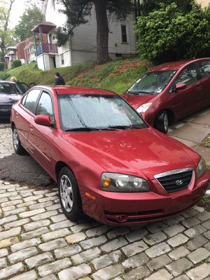 Hyundai Elantra 2005 for Sale in Pittsburgh, PA