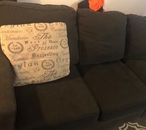 Charcoal sectional couch for Sale in Columbus, OH