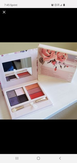 NEW, color compact💝 by MARY KAY💝 for Sale in Central Point, OR