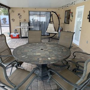 Outdoor Dinning Set for Sale in Belle Isle, FL