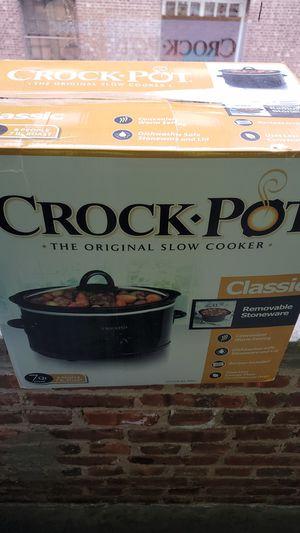 Crock pot for Sale in Trenton, NJ