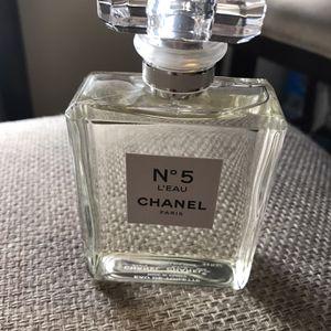 N5 Chanel Leau for Sale in Bellflower, CA