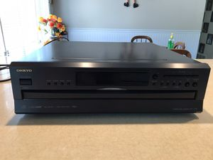 ONKYO Compact 6 Disk Changer DX-C390 for Sale in West Valley City, UT