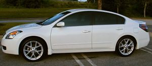 Low mileage 2007 Nissan Altima Very clean for Sale in Jacksonville, FL