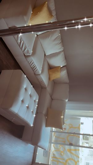 White Leather couch for Sale in Henderson, NV