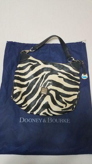 Dooney & Bourke zebra print handbag for Sale in Aberdeen, WA