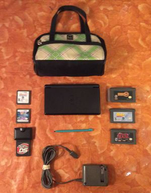 Nintendo DS Lite w/. Charger - 5 Games - Stylist - Screen Protectors and Official Case $60 Or Best Offer for Sale in Moreno Valley, CA