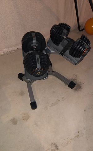 Dumbbell set with rack and a bench. for Sale in Utica, MI