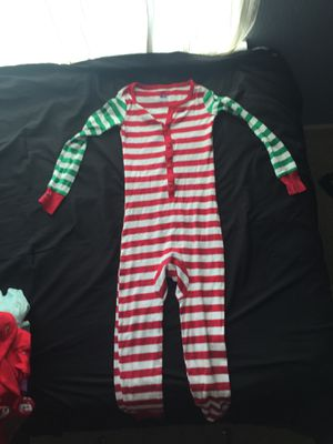 Cute Christmas Pajamas Onesie Size 6 for Sale in Brentwood, CA