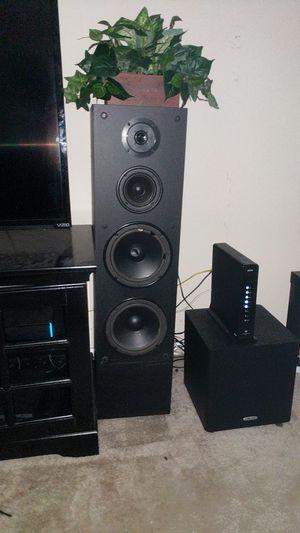 Standing home audio speakers for Sale in Glen Burnie, MD