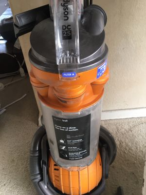 Dyson Vacuum Cleaner for Sale in Whittier, CA