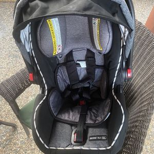 Graco car seat for Sale in South San Francisco, CA