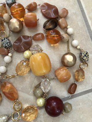 Jewels Beads & Necklace Lot for Sale in Palmdale, CA