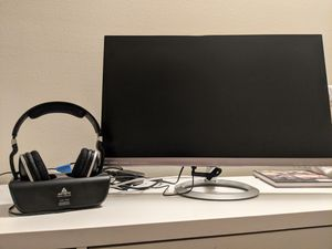 "27"" Monitor and Headphones for Sale in Morro Bay, CA"