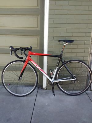 2007 Giant TCR Road bike(carbon/aluminum) for Sale in San Francisco, CA