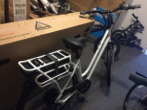 Bicycle Electric Fuji. E-Crosstown New 2019 for Sale in Beaverton, OR