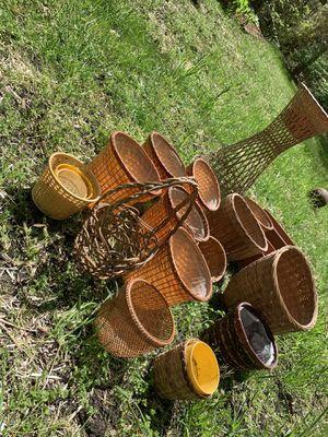 Flower baskets/pots for Sale in Manassas, VA