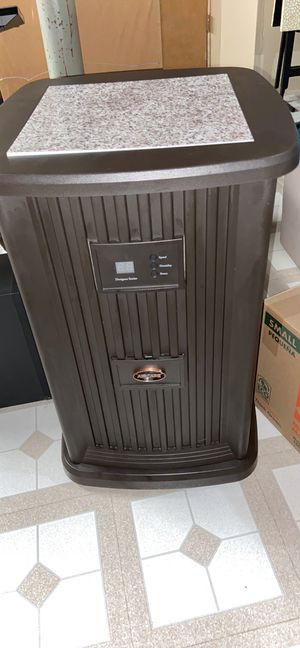 Aircare dehumidifier for Sale in Algonquin, IL