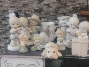 Precious moments figurines for Sale in Katy, TX