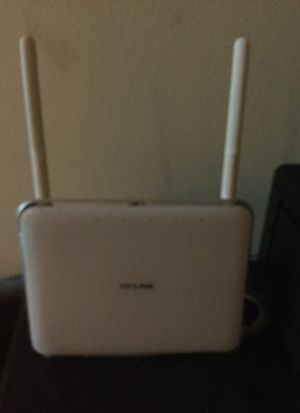 TP link router modem Motorola surfboard brand new Apple router modem and lots lots more check out my page please for Sale in Hollywood, FL