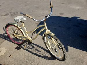 Huffey girls bike for Sale in Modesto, CA