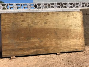 Ply wood 5/8 4x8. for Sale in Tempe, AZ