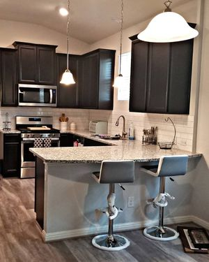 2 pendant lights and chandelier for Sale in San Antonio, TX