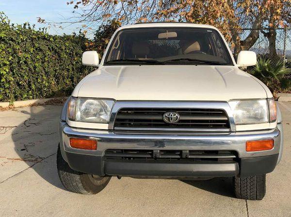 00 Toyota!! 4x4!!