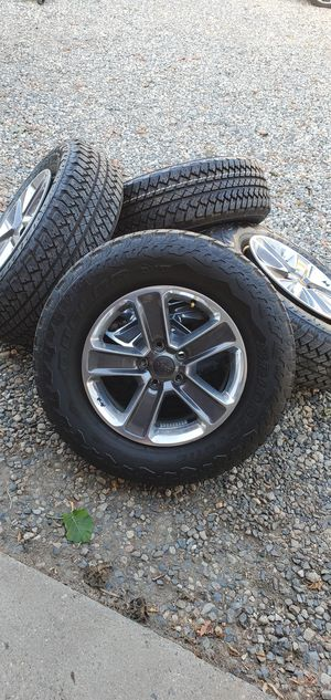 """2020 Jeep JL OEM 18"""" Wheels and Tires! for Sale in Fallbrook, CA"""