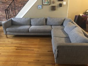 Free sectional couch for Sale in Philadelphia, PA