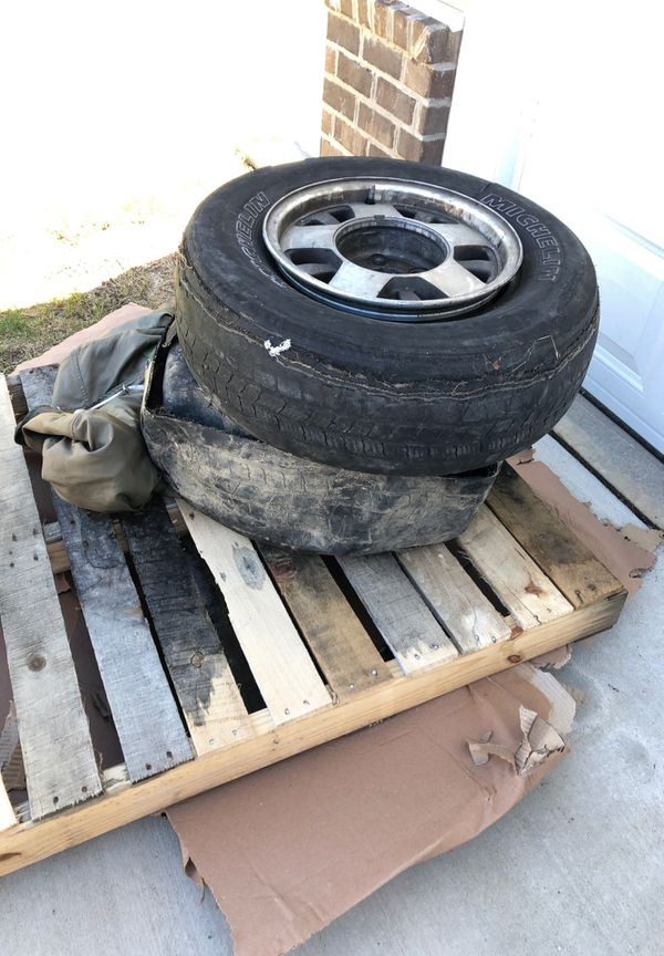 2-Free rims, tires are not good